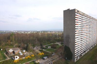 Renovierte 4 Zimmerwohnung mit großem Balkon und neuer Küche im Asemwald