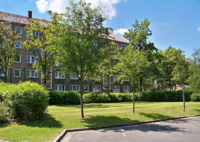 Helle 2-Zimmer-Wohnung in grüner Lage