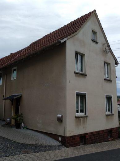 Solides Einfamilienwohnhaus in zentraler Lage