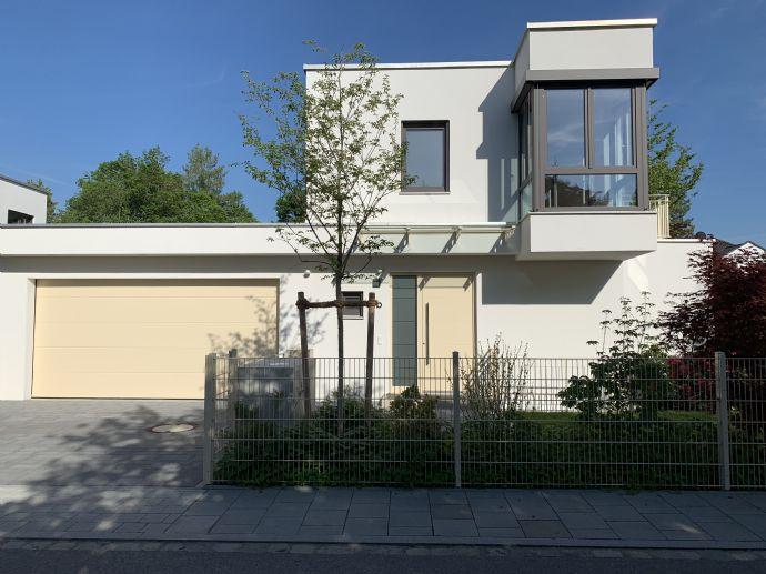Gräfelfing - Bezugsfertig Modernes EFH im Bauhausstil