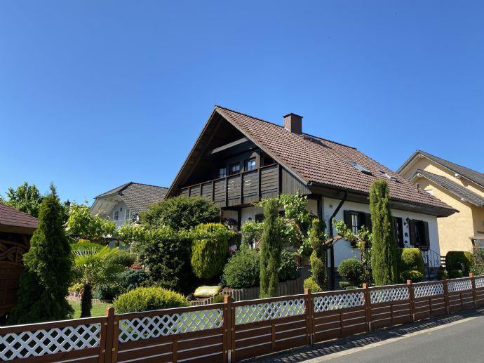 Top Einfamilienhaus im Landhausstil mit mögl.Einliegerwohnung