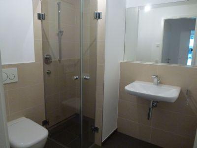 Dusch-Bad + Gäste-WC