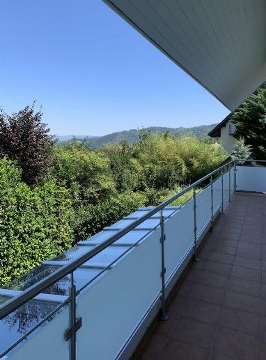 2,5-Zimmer-Wohnung mit Balkon in Wittnau!