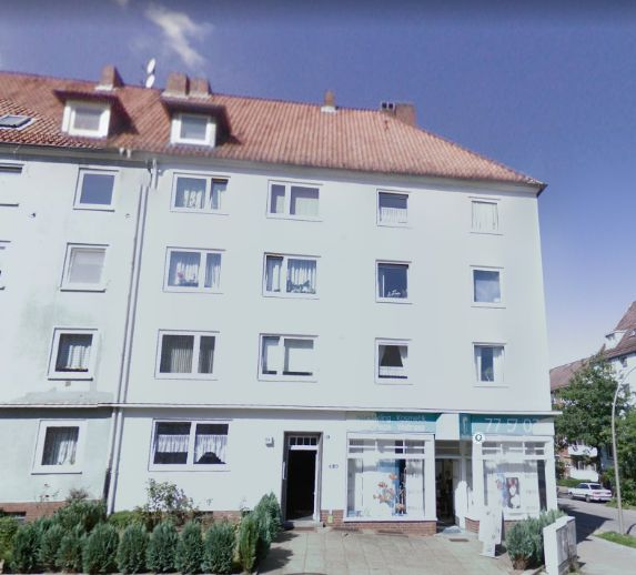 Nette 2-Zimmer Wohnung im DG frei - AB SOFORT - Studentenfreundlich