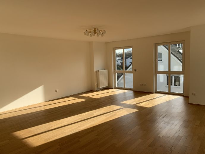 Sonnige 3-Zimmer-Wohnung, KDB, Gäste-WC