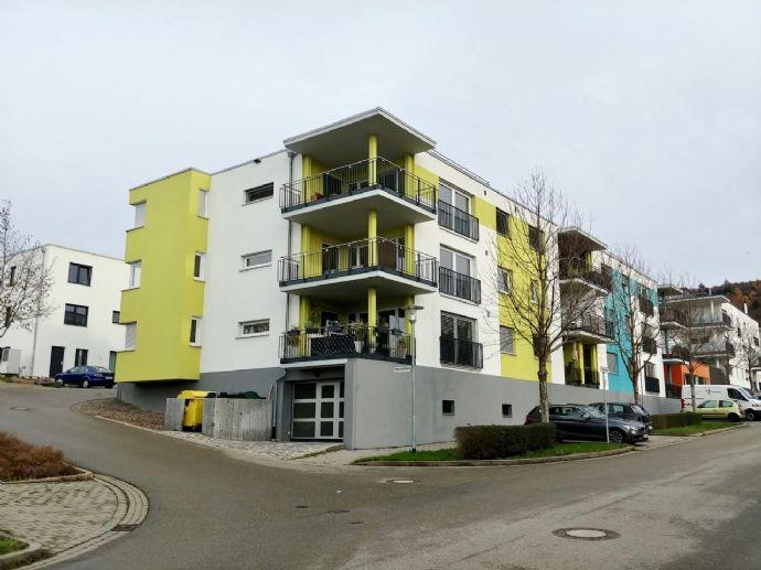 Neuwertige 4-Zimmer-Wohnung in Toplage