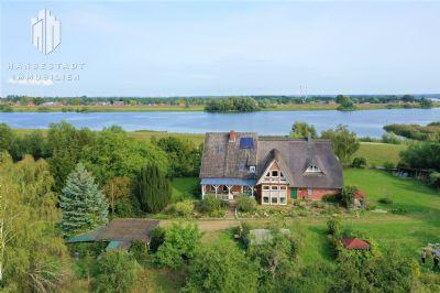 Einzigartiges Bauernhaus mit traumhaftem Blick auf die Elbe!