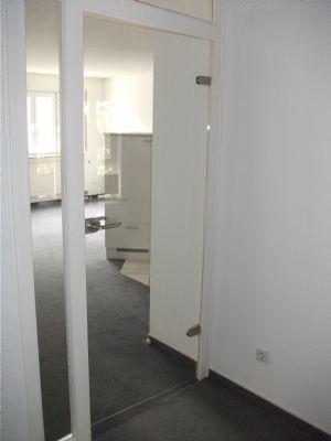 ZUGANG Wohnzimmer
