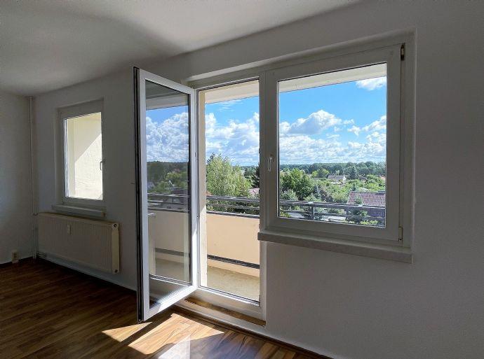 Helle 3- Raumwohnung renoviert mit Balkon