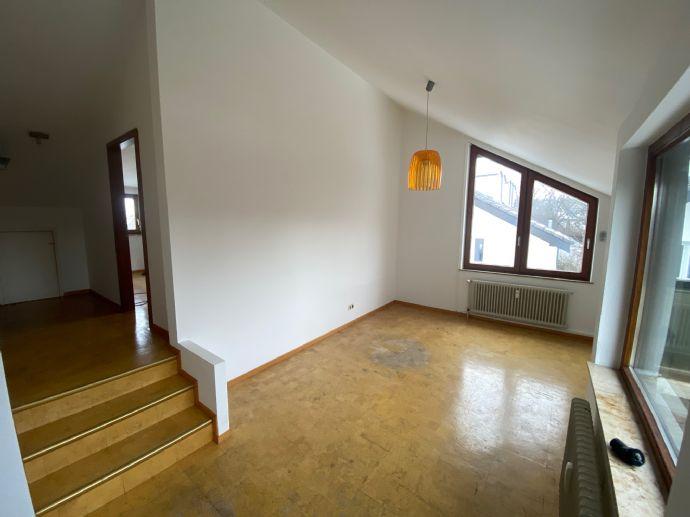 2-Zimmer-DG-Wohnung in begehrter Lage von Reutlingen-Betzingen