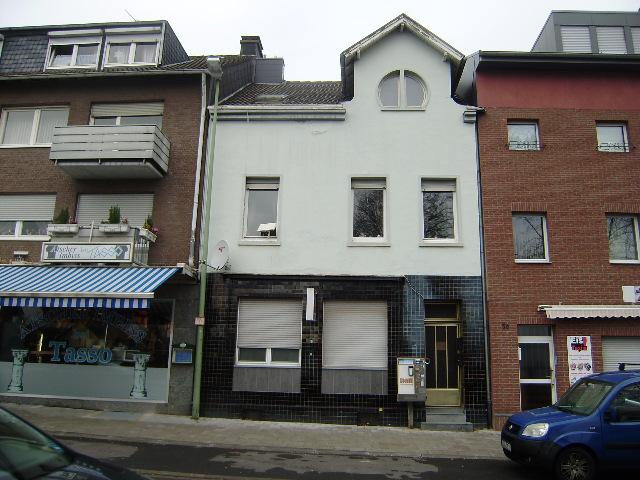 Voll-Existenz: Wohn-/Geschäftshaus mit inhabergeführtem Speiselokal (Gewerbefl. 140 m²)