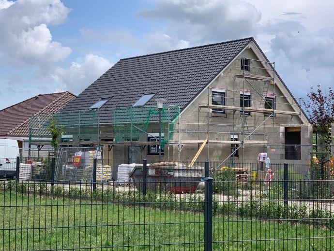 Linke Doppelhaushälfte mit Garten - Willkommen zuhause!