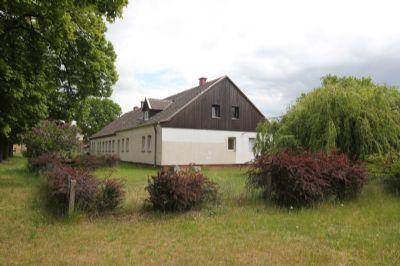 Grundstück mit Wohnhaus