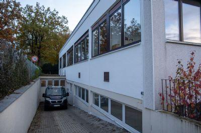 Hohenbrunn Garage, Hohenbrunn Stellplatz