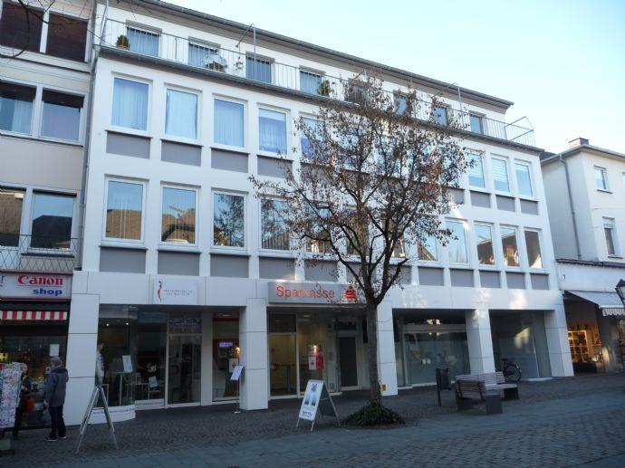 5 Zimmer-Wohnung mit Balkon in Alt-Arnsberg zentral