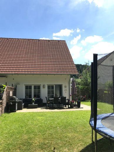Doppelhaushälfte auf einem Wassergrundstück an der Oese in Hemer Becke