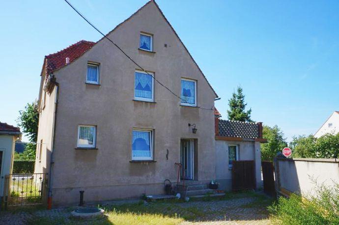 Großes Einfamilienhaus - Sanierungsobjekt