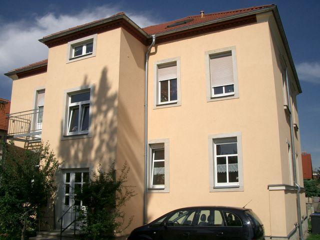 Eigennutzer aufgepasst - schöne 4-Zimmerwohnung mit Terrasse, Gartenanteil und Garage