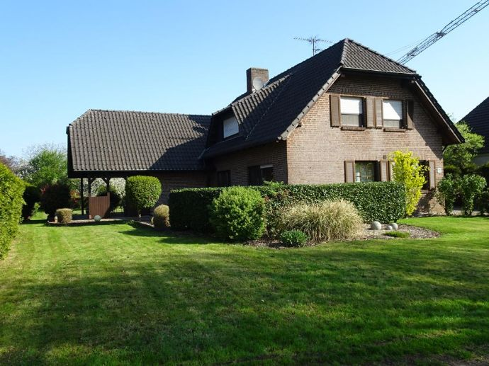 Stadtnah großzügig wohnen - großes Einfamilienhaus in Kleve - Brienen