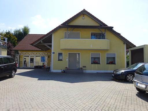 Großzügiges Wohn- und Geschäftshaus in Ingolstadt-Süd, Nähe Auwaldsee