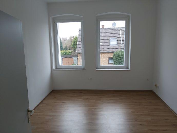 Moderne Etagen-Wohnung in einem gepflegten Mehrfamilienhaus
