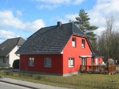 ein massives einfamilienhaus ist was f rs leben einfamilienhaus m nchhagen 2bcb44x. Black Bedroom Furniture Sets. Home Design Ideas