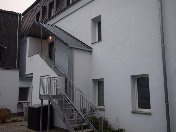 Attraktive Maisonette-Wohnung mit zwei Bädern und Balkon