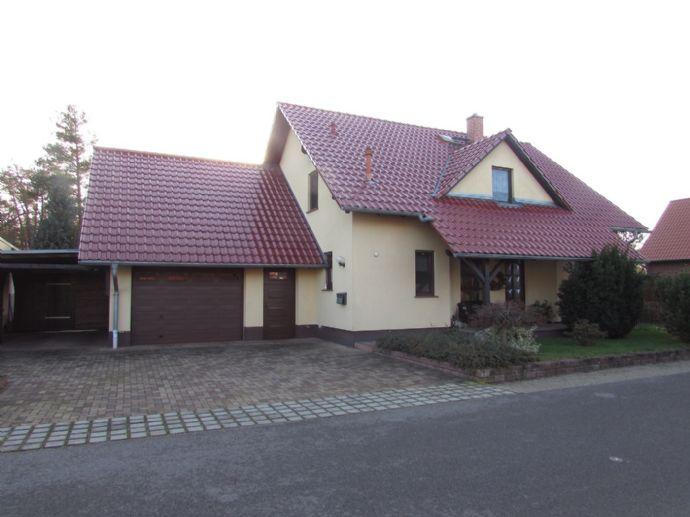 excl. Wohnhaus auf schönem Grundstück in ruhiger Lage von Peickwitz