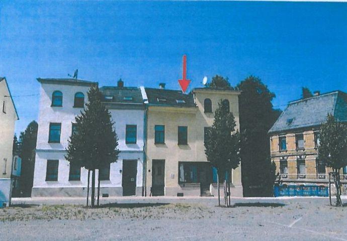Wohnhaus mit Gewerbeeinheit, im Ortskern von Markneukirchen Ortsteil Erlbach