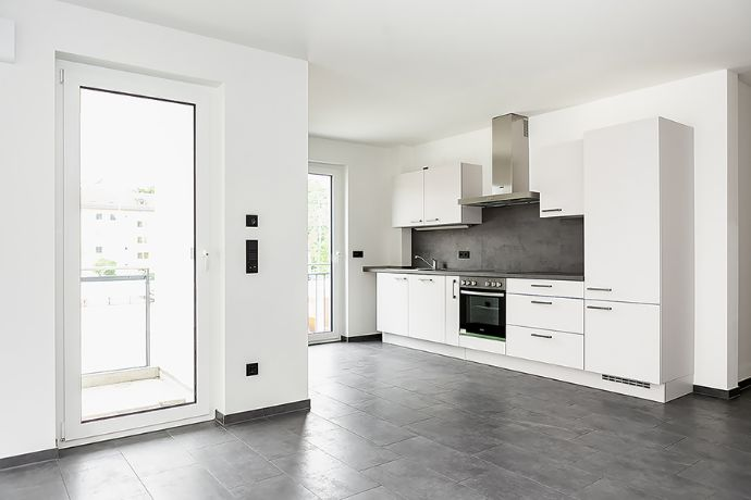 ERSTBEZUG - 3.-Zi-Whg. mit Einbauküche in Erlangen
