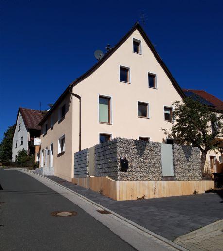 2 - 4 Fam.haus mit Büro u. Lager bei Neunkirchen a.Brand