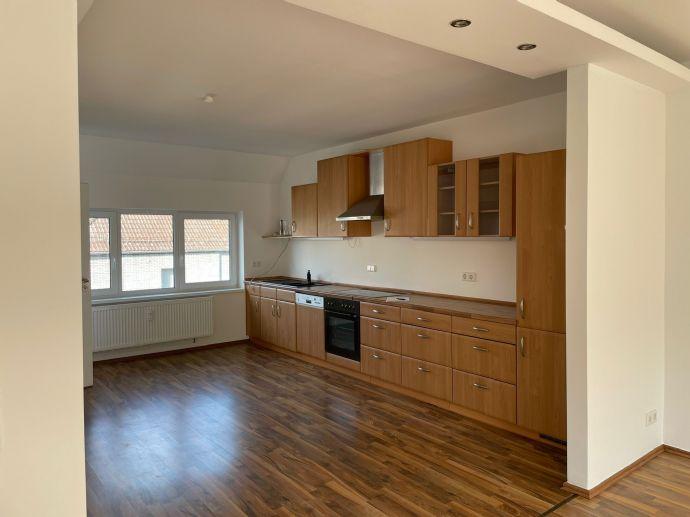 Helle großzügige Wohnung in der Siedlung zu vermieten