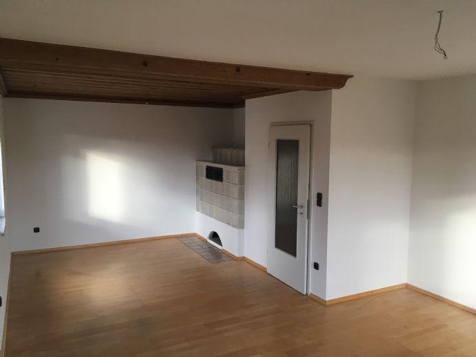 4,5-Zimmer-Wohnung mit Garten in Weisendorf zu vermieten - gerne an ruhiges/älteres Ehepaar