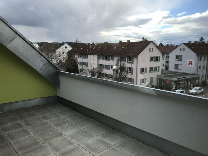 Helle 3-Zimmer-Maisonette-Wohnung mit Galerie und