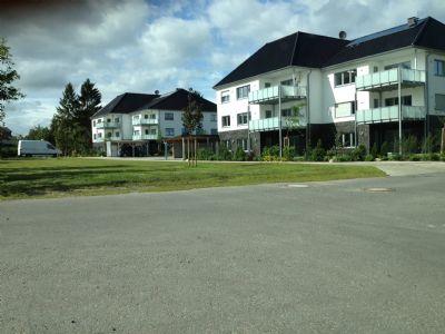 2-Zimmer-Wohnung mit Balkon, barrierefrei! Inkl. Carport!