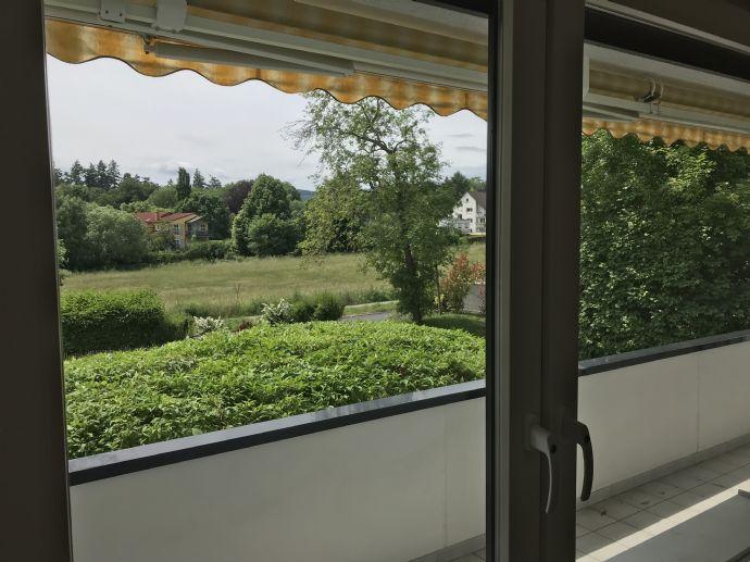 Von privat: Schöne helle 4 Zimmerwohnung mit 120 qm Wohnfläche in Bad Homburg - Dornholzhausen