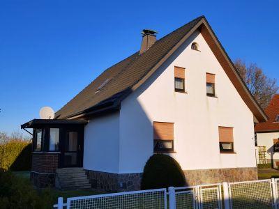 reserviert einfamilienhaus mit doppelgarage in kleiner. Black Bedroom Furniture Sets. Home Design Ideas