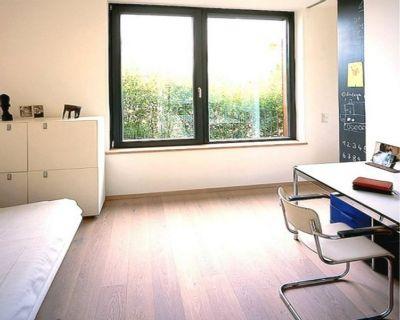 Gästezimmer - Büro-01