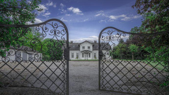 Edles Anwesen in bekannter und absoluter Bestlage â im Barkauer Land!