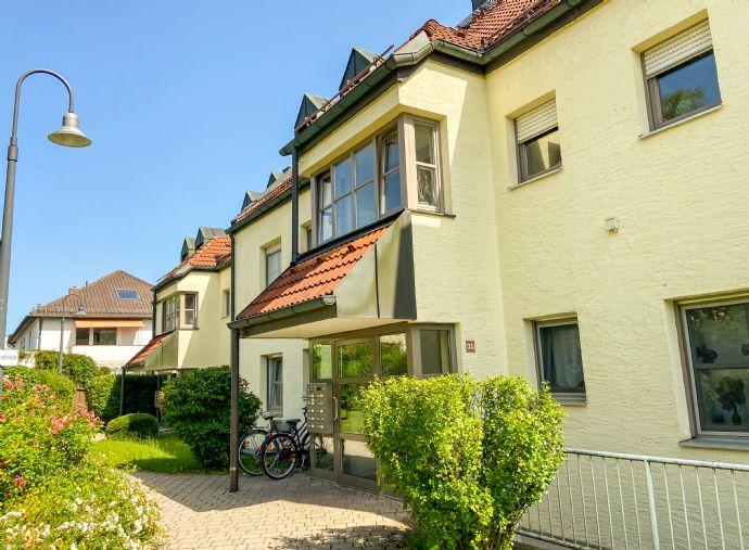 2-Zimmer-EG-Wohnung mit eigenem Gartenanteil in zentraler und doch ruhiger Lage von Dachau!