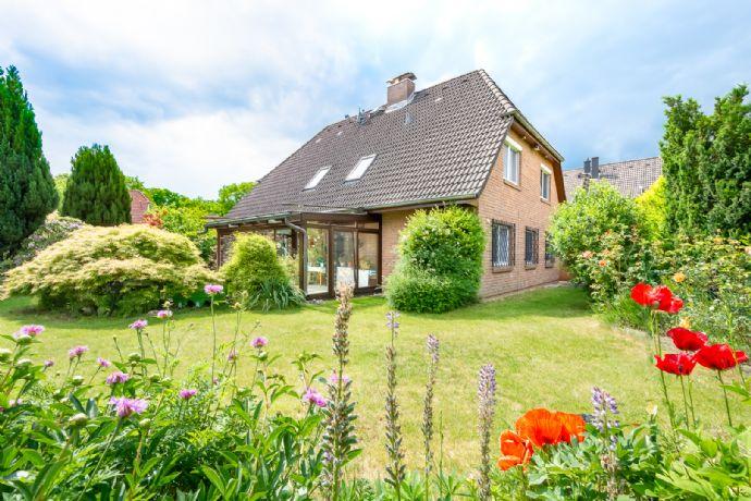 Komplettes Doppelhaus mit ca. 200 m² Wohnfläche