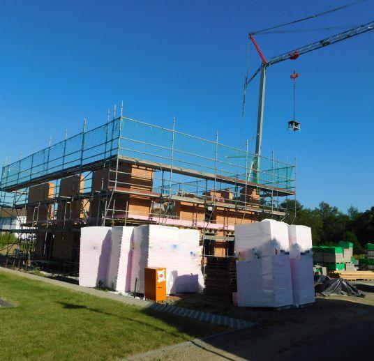 Traumhafte Neubau-Doppelhaushälfte mit Garten