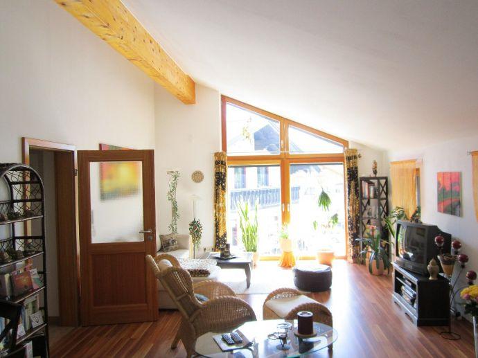 141m² traumhaftes Studio | Wohnen über den Dächern von Bernau