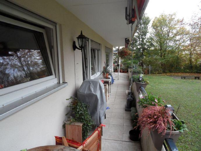 Sofort-Frei ETW 4,5-Zimmer-Wohnung mit großem Balkon, Höchberg-Hexenbruch