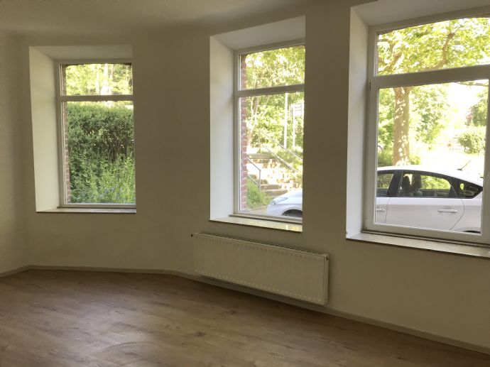 Renovierte 2 zimmer wohnung zur Miete in Stolberg - Bitte anrufen!