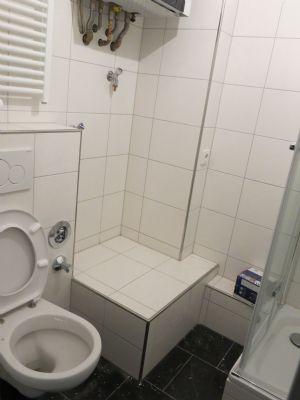3 zimmer k che bad zentrale lage 200m von porta nigra wohnung trier 2a4r74b. Black Bedroom Furniture Sets. Home Design Ideas