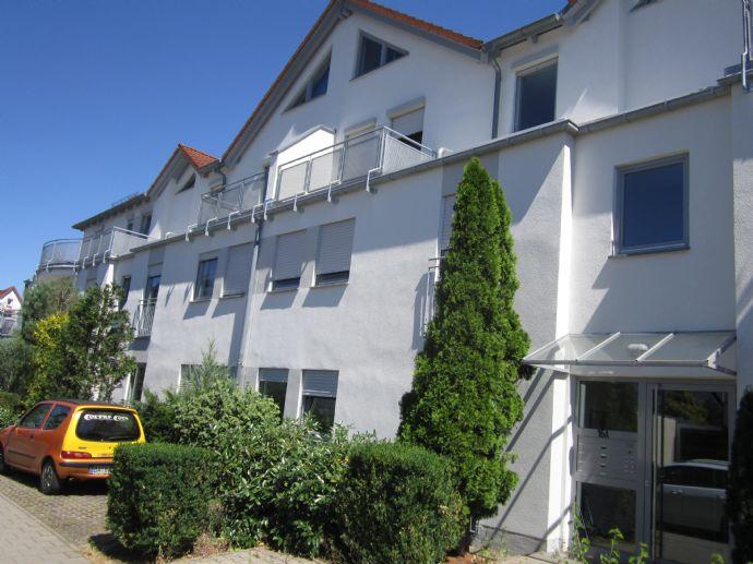 Schöne 1 Zimmer Whg. mit kleiner Terrasse in Baiersdorf