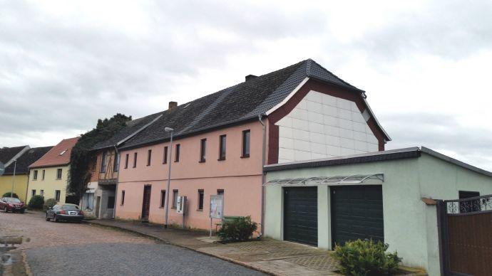 Großes Wohnhaus auf 2274m² Grundstück in Kölleda OT Altenbeichlingen mit viel Potential