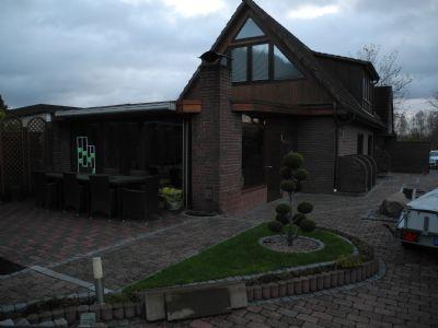 gro z gige doppelhaush lfte in hamburg bergedorf mit einfamilienhaus charakter doppelhaush lfte. Black Bedroom Furniture Sets. Home Design Ideas