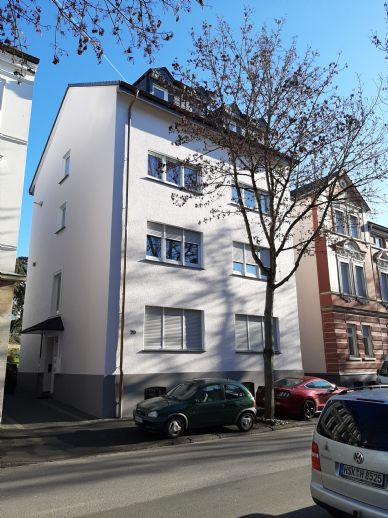 Alt-Arnsberg, Stadtmitte, in gepfl. Wohneinheit, 1 OG, 3 Zi, K/D/B, Balkon u. Keller ab 01.04.20 oder früher